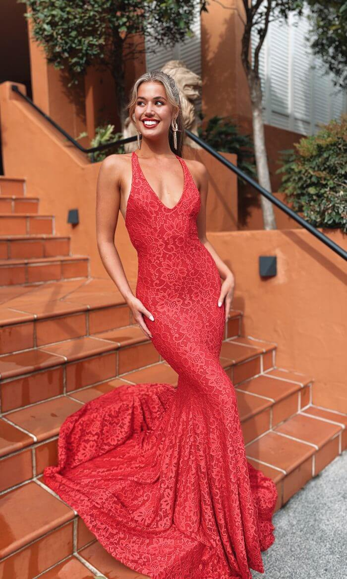 LILY LACE GOWN